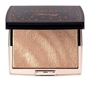 Anastasia Beverly Hills Makeup - Anastasia Amrezy Highlighter